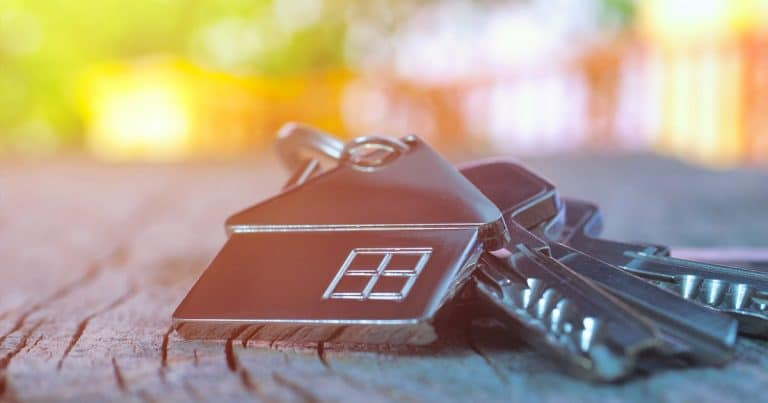 How to do a property search find hidden assets online